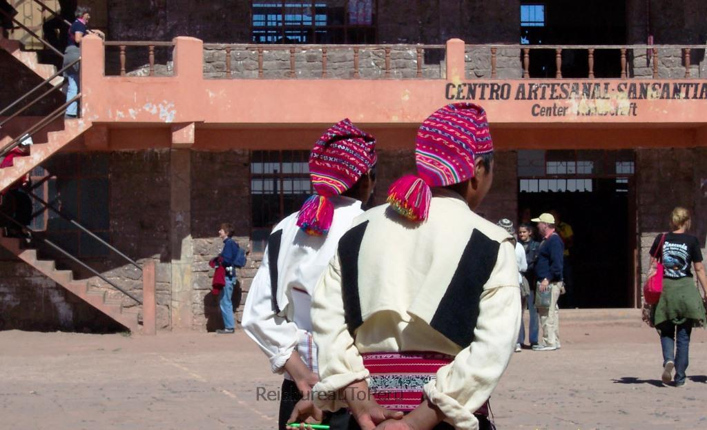 Mannen in klederdracht, Taquile, Titicacameer